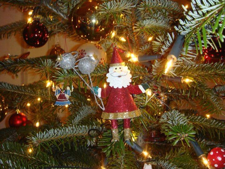 Alle Jahre wieder……. …möchten wir einladen! Am 3. Advents-Samstag ab 13 Uhr…. Entspannt Weihnachtsgeschenke einkaufen und auch gerne verpacken lassen….dazu hawaiianische Weihnachtsmusik…leckeren selbstgemachten Glühwein und Gebäck! Kommt vorbei! Strawberrykisses